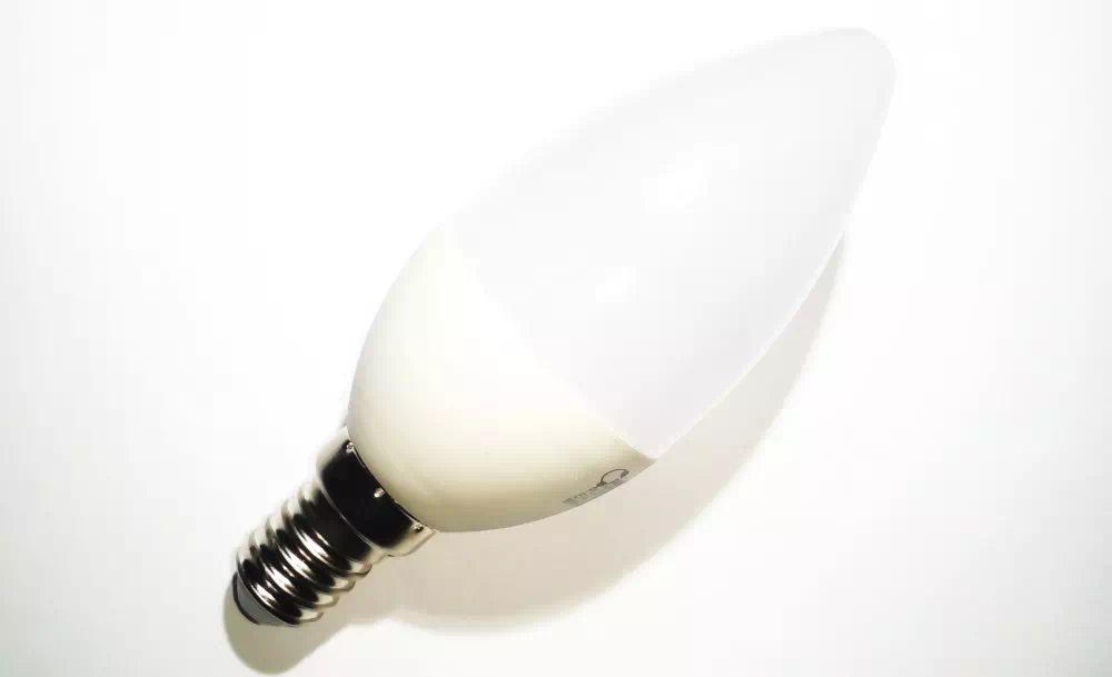 Pannon 3W E14 LED gyertya (melegfehér)